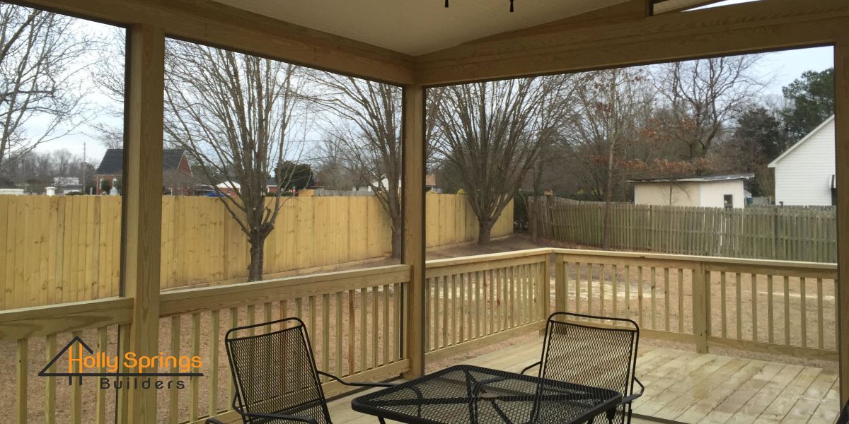 Custom Screened Deck